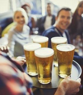 Empleo, cerveza y bares, los datos del consumo